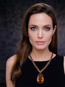 Angelina Jolie post