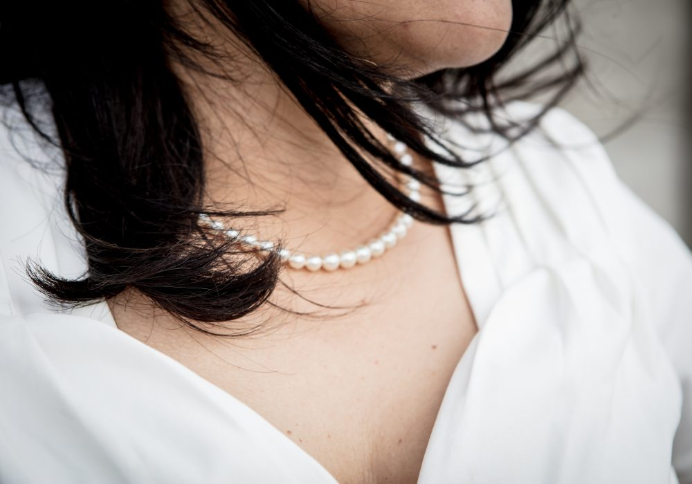 girl-hair-jewellery-1405501